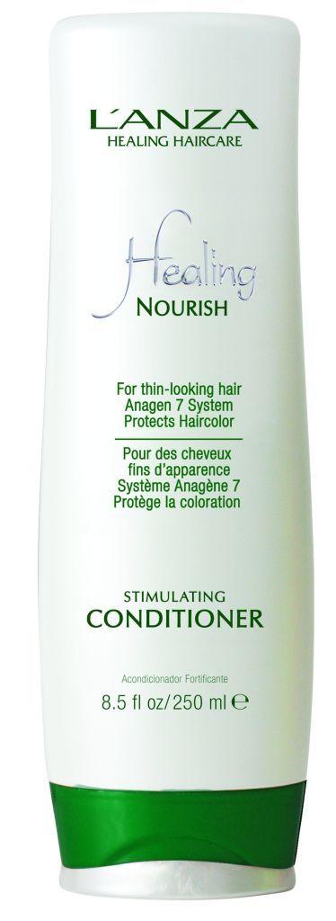L'ANZAs Nourish Stimulating Conditioner versorgt das Haar mit wichtigen Nährstoffen, die es gesund pflegen. Der Conditioner verlängert die Wachstumsphase des Haars, wodurch Haarausfall effektiv bekämpft wird. Dünnes, brüchiges Haar wird intensiv gepflegt und erscheint fülliger. Preis: 28,90 € / 250 ml