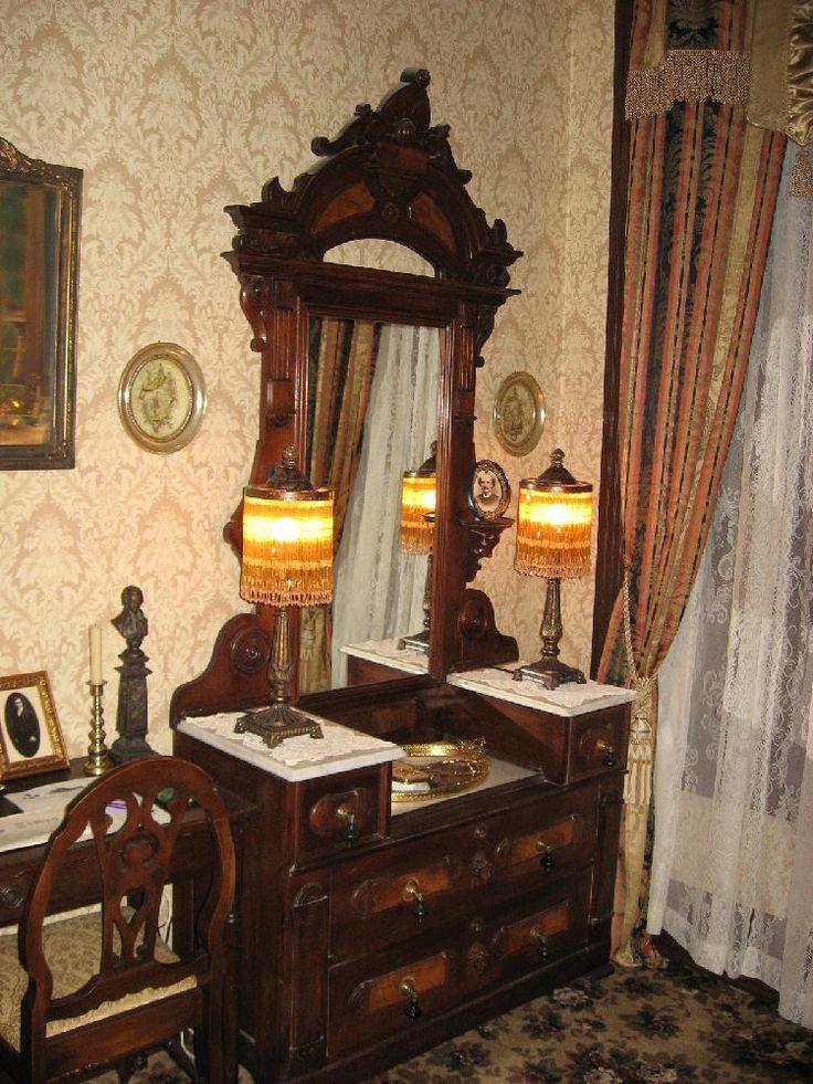 Stegmaier Mansion Gold Medal Bed Room. Wilkes Barre