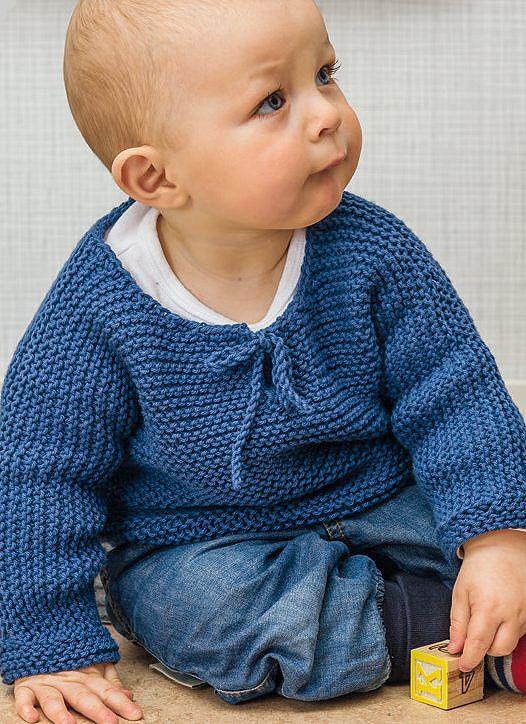 Her finner du oppskrift på fire fine basisplagg til babyen. Alle er i rillestrikk, og relativt enkle å strikke, selv for den som ikke har strikket så mye tidligere.