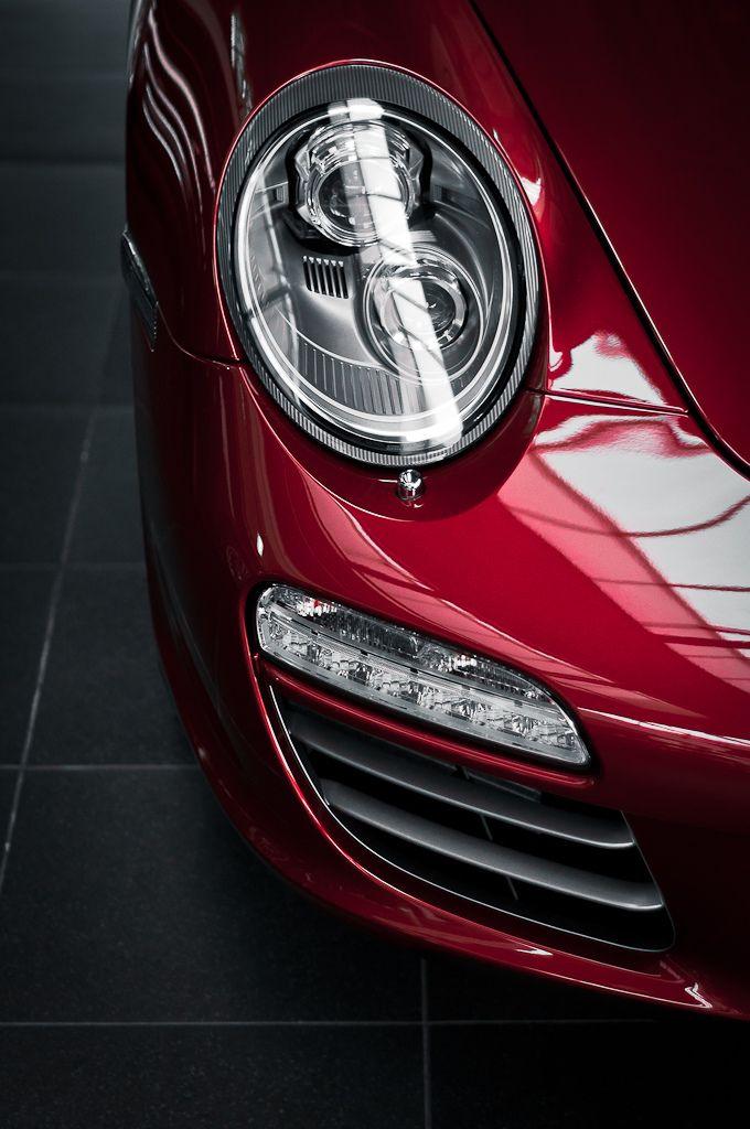 automotivated: Porsche 911 (997) (by pskrzypczynski)