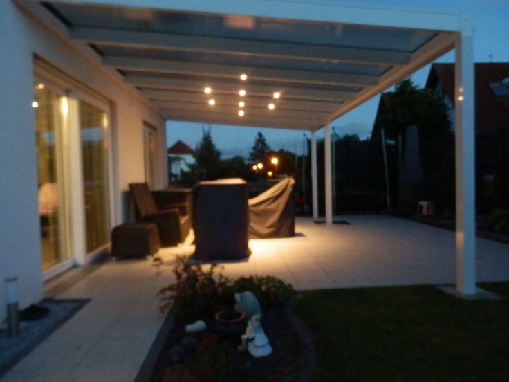 Marvelous Ein Alu Terrassendach der Marke REXOpremium m x m in Wei mit REXOclear Stegplatten in