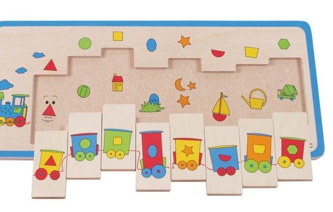 """PUZLE DE MADERA """"TREN"""" Gracias a su colorido y agradable diseño, este tren tiene un fuerte carácter motivador para los pequeños maquinistas. La locomotora arrastra 8 vagones de colores con divertidas ventanas. Con ayuda de las más diferentes formas de las ventanas y los dibujos que hay debajo, los niños se van familiarizando con las formas geométricas.  PVP: 21,90 € #puzzlemadera #puzzlegeometrico http://www.babycaprichos.com/puzle-de-madera-tren.html"""