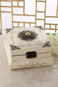 Jeweled Peridot Crystal Keepsake Bone Box – Celebrate Faith