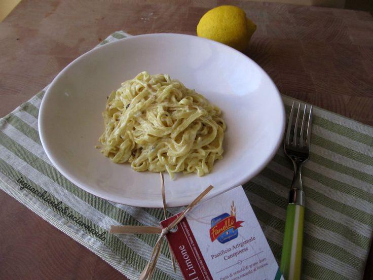 Tagliatelle al limone con curry e zafferano