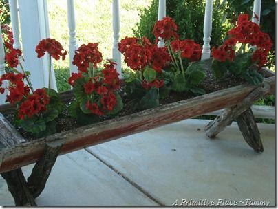 Love this old feeder full of flowers...Gardens Ideas, Flower Planters, Fabrics Geraniums, Joanne Fabrics, Flower Pots, Outdoor Decor, Logs Planters, Summer Flower, Spring 2011