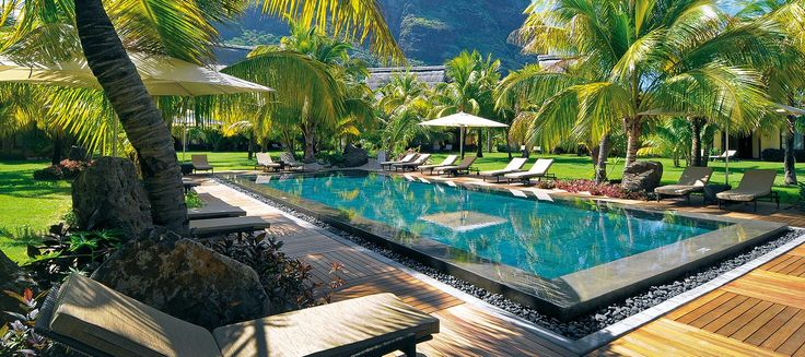 The best hotels, resorts and villas in Mauritius and Seychelles, private beach villas, spas golf courses, family holidays, weddings honeymoons
