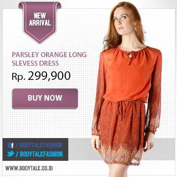 Suka gaya vintage? Dress yang satu ini bisa kamu jadikan pilihan lho. Order yuk: www.bodytalk.co.id