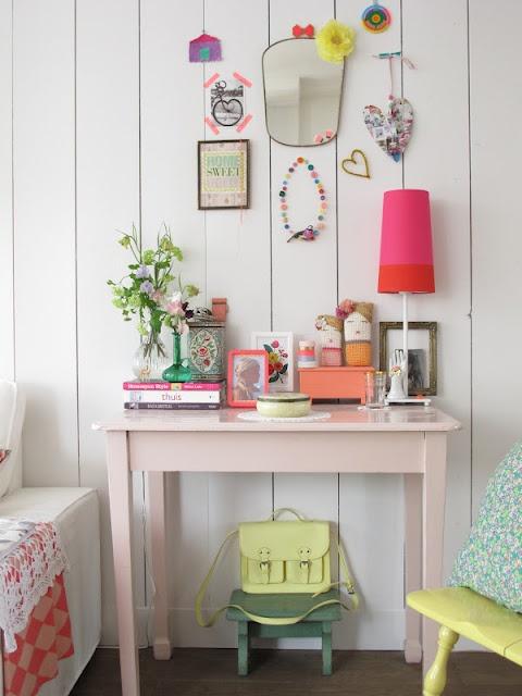 House Design, Soft Pink, Home Interiors Design, Pale Pink, Girls Room, Vintage Bedrooms, Wall Display, Design Home, Bedrooms Decor
