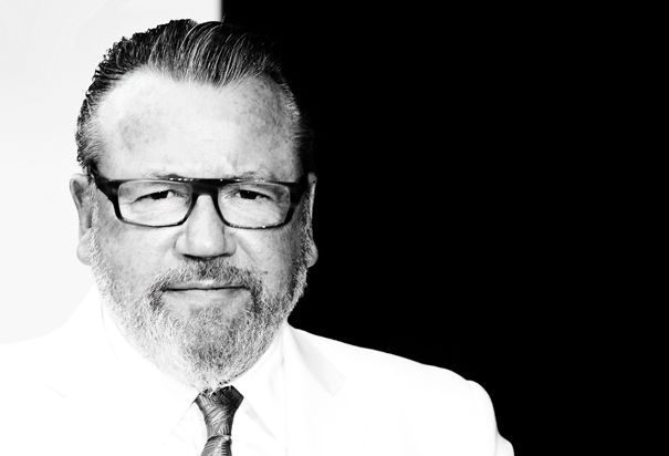 Ray Winstone. What can I say. The ultimate geezer.