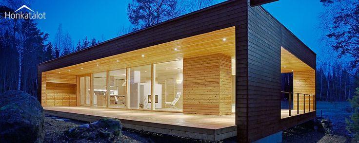 Plushuvila Suomessa - Honkatalot.fi  Plusvilla, modern wooden architecture from Finland.