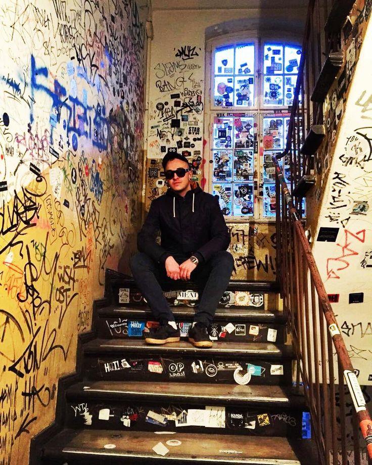 Moods & Grooves #me #pic #boy #hardwax #graffiti #street #art #colors #love #techno #party #love #photography #fun #man #friends #shop #streetstyle #berlin #usa #newyork #nyc #london #paris #like4like #instagood #followme #follow #picoftheday