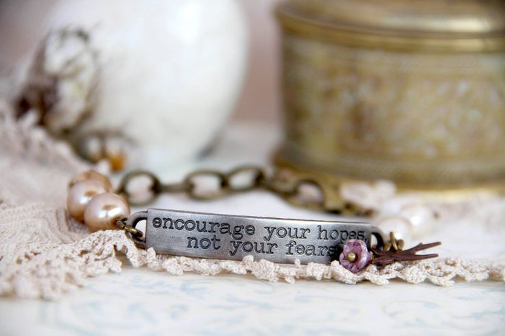 Inspirational bracelet - Encourage your hopes by Heart Jewelry Creations