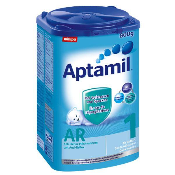 Milupa Aptamil AR 1 Anti-Reflux 800gAptamil AR Anti-Reflux 1 ist eine Anti-Reflux Spezialnahrung für Säuglinge, die deutlich mehr als normal ihre Nahrung schwallartig aufstossen und spucken. Die speziell erhöhte Sämigkeit sorgt für das bessere Verweilen der Nahrung im Magen und vermindert den Rückfluss in die Speiseröhre. Aptamil AR 1 ist glutenfrei und ohne Eier.Inhalt: 800gAlter: ca. 0-6 MonateZutaten: Laktose, Magermilch, pflanzliche Öle, Maltodextrin, Verdickungsmittel…