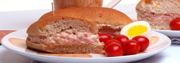 Que tal um sanduíche rápido e gostoso? Veja a receita.