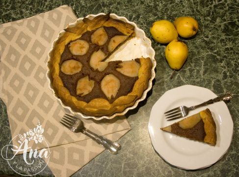 cacao-pear cake by Ana y la passion #autumndessert #autumn #pear