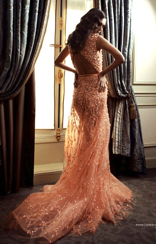 Gorgeous Ellie Saab! I'm in love!!