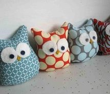 so-easy owls > so cute! I need to learn how to sew better. I could do these!