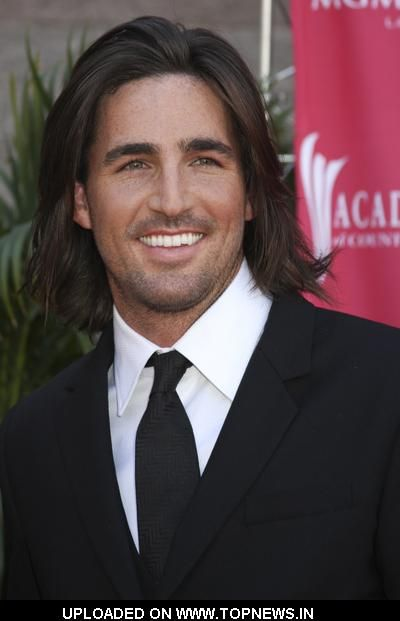 Yummy, good country singing Cowboys ... Jake Owen.