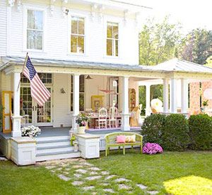 Great porches!: Dreams Houses, Outdoor Living, Front Porchdoor, Houses Ideas, Front Doors, Curb Appeal, Front Porches, Dreamhous, French Flavored