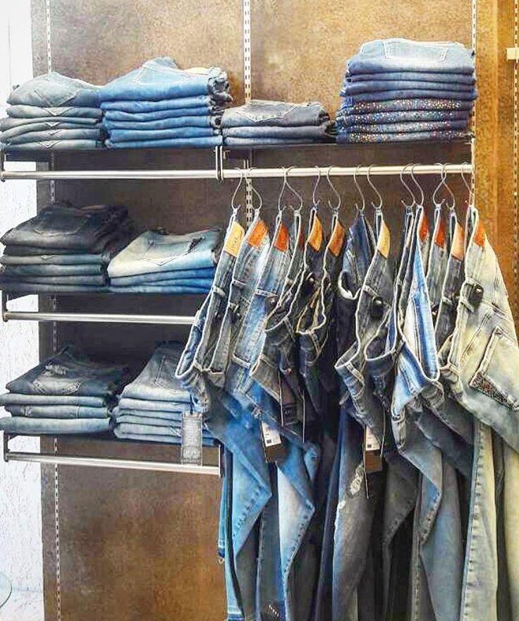 Top10 Best fitting jeans for #realsize body type! Επισκέψου ένα κατάστημα #matfashion για Styling tips που θα σε βοηθήσουν να βρεις το σωστό τζιν για το σώμα σου. #matjeans #collection #fashionista #instafashion #psblogger #plussizefashion #ootd