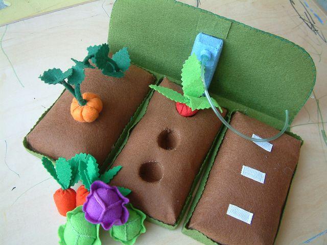 Feltro - Vegetais para plantar - Crianças felt garden idea