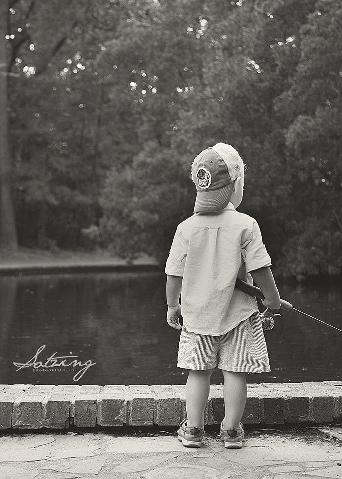 fishing, boys, 2 yr old pictures, outdoor, family, all boy, southern boy: Sotzing Photography, Inc.
