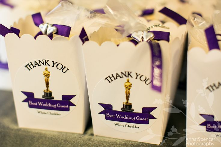 Movie themed wedding - Popcorn favors