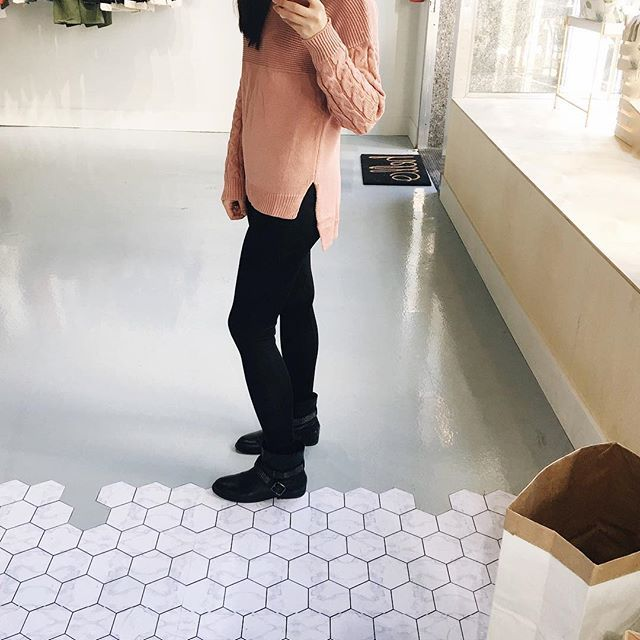 Soften your look with this soft light pink sweater. New in store!!  .  .  .  .  .  .  .  #unicorniostudio #newarrivals #fashionlovers #fashionboutique #onlineshopping #supportlocal #fashionblogger #ukfashion #canadianfashion #ootd #ootdfashion #instafashion #yyt #outfitselfie #sweaterweather #blush #shoplocal