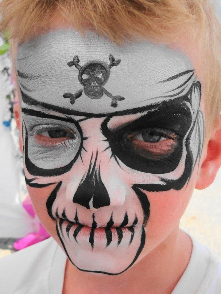 simple skull & bandana face painting | Face Painting Ideas ...