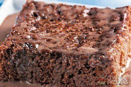 Receita de Bolo gelado de chocolate e leite condensado em receitas de bolos, veja essa e outras receitas aqui!