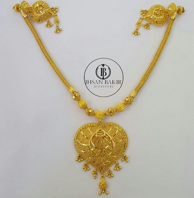 India Nekclace 22k Istanbul Kuwait Bahrain Germany Wedding Time Love View Vsco Ihsanbak Gold Necklace Designs Gold Jewelry Fashion Paisley Jewelry