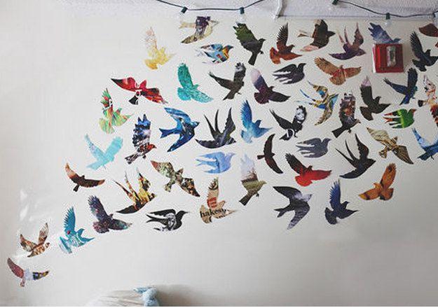 Parede de pássaros coloridos.   Community Post: 30 formas incríveis de decorar suas paredes sem gastar quase nada