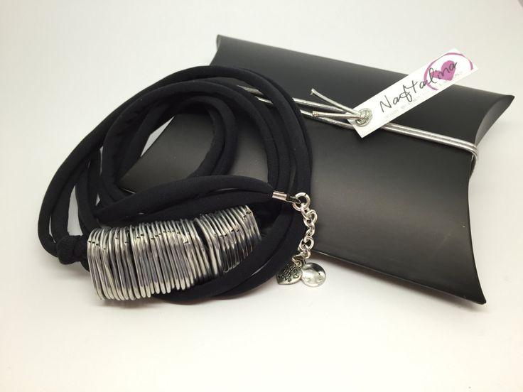 Braccialetto in lycra a fascia realizzato con linguette di lattine pop tabs di NaftalinaHandMade su Etsy