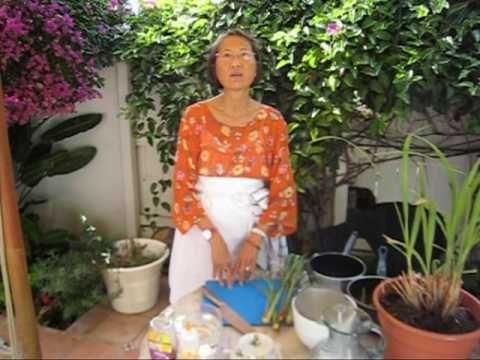Lemongrass Tea ... Su-Mei Yu (owner of Saffron restaurant in San Diego) shows us how to make Lemongrass Tea.
