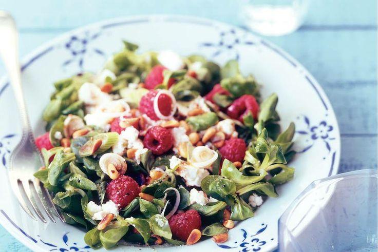 14 april - Veldsla in de bonus - Binnen 10 minuten zet je deze salade op tafel. Zonder vlees en vis! - Recept - Allerhande