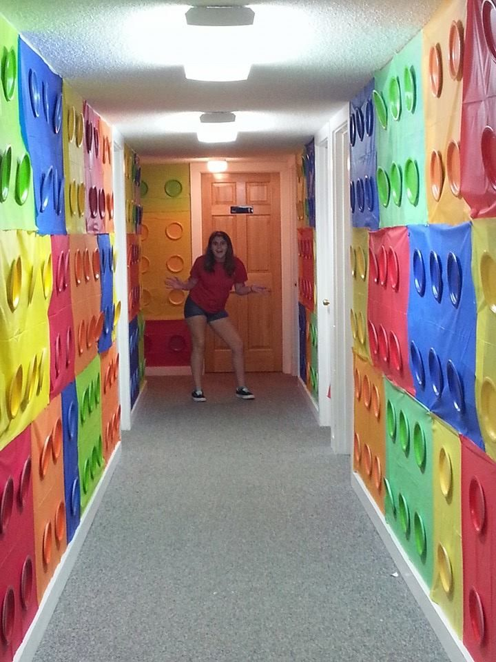 Love this hallway! VBS Land Maryville, TN www.cokesburyvbs.com