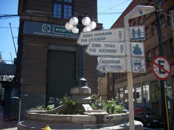 streets calles Prat, Cochrane, Gómez Carreño y Esmeralda