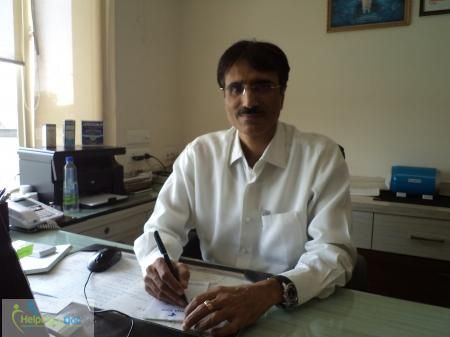Dr.Shailender Dhawan (Ayurvedic Doctor) Bachelor of Ayurvedic Medicine and Surgery (BAMS),Master Degree in Alternative Medicine ----> Address: Kayakalp Global Skin, Clinic site number 5, Opposite Apollo Clinic, Ekant hotel, Sector 17 Market ,Faridabad