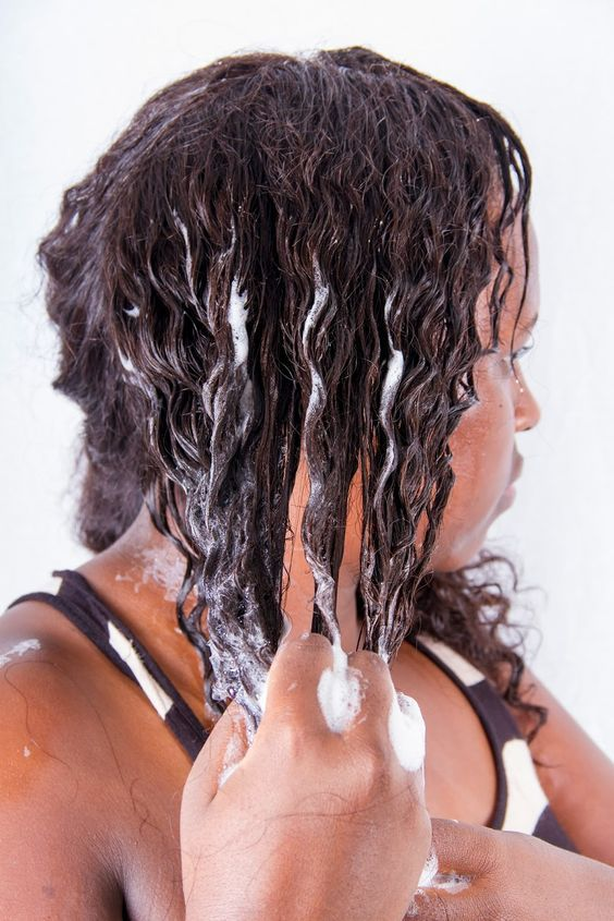 Why do some hair extensions become dry after the first few washes?>>> http://www.elfinhair.com/art/why-do-some-hair-extensions-become-dry-after-the-first-few-washes_a0056.html.   Share it for your friends with hair extension care. #haircare #hairwashing #hairextension #virginhair