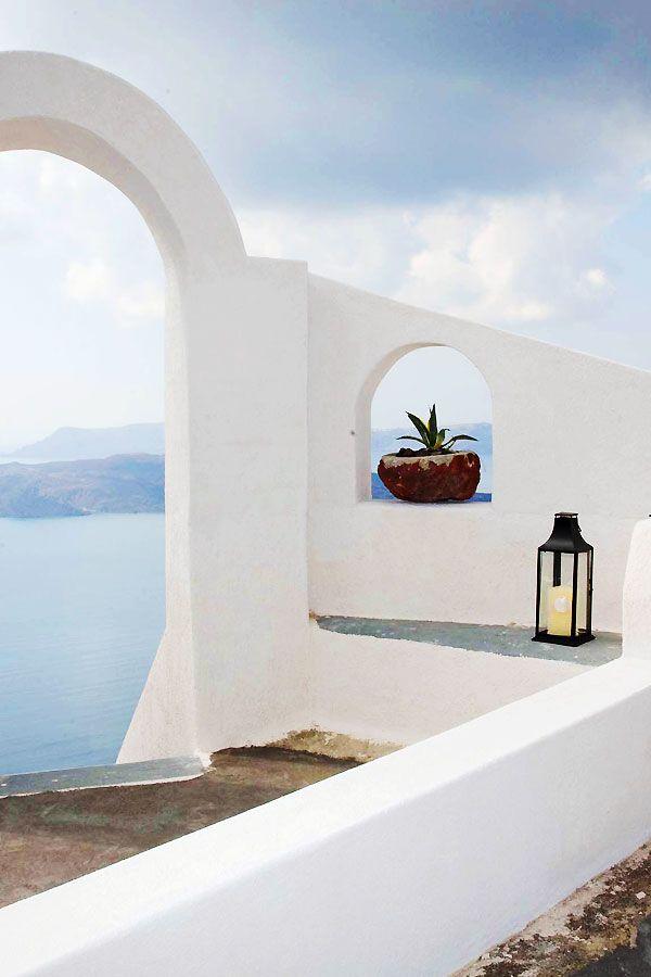 Archway, Santorini, Greece