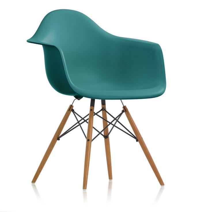 Vitra Eames Plastic Armchair DAW, Esche honigfarben