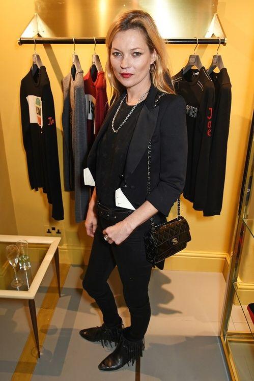 Kate Moss à l'ouverture de la boutique Bella Freud à Londres http://www.vogue.fr/mode/inspirations/diaporama/les-meilleurs-looks-de-la-semaine-dcembre-2015/24195#kate-moss-louverture-de-la-boutique-bella-freud-londres