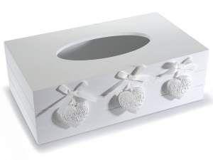 Portafazzoletti in legno bianco con decorazioni a cuore