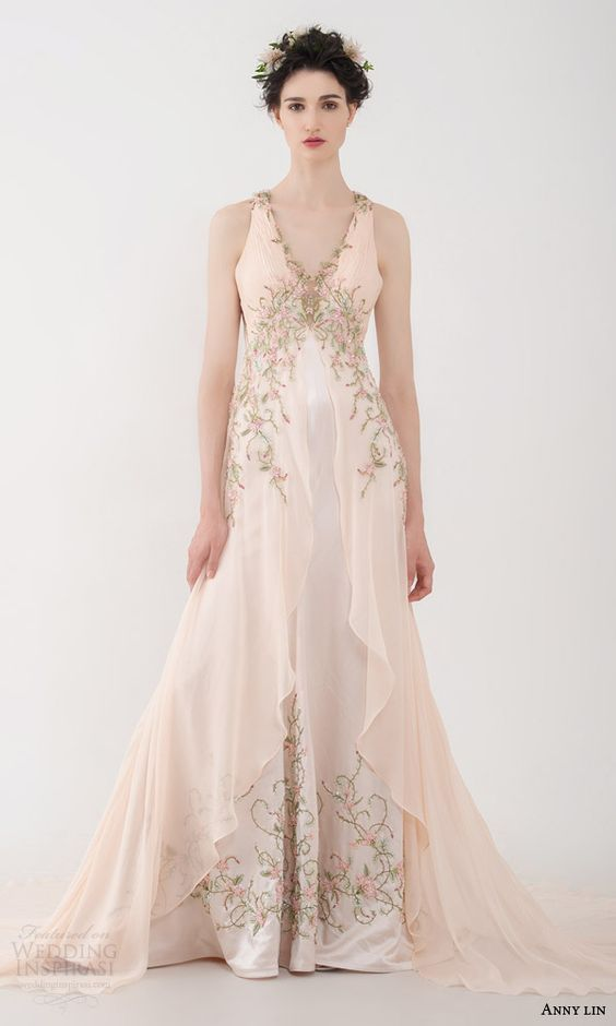 nurit hen 2016 sleeveless sweetheart illusion bodice sheath wedding dress / http://www.himisspuff.com/colorful-non-white-wedding-dresses/3/