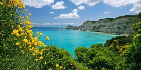 Korfu Reiseblog. Wir zeigen die Hot Spots in Acharavi, Vlacherna, Kerkyra, Agios Georgios und Afiónas. Must-Sees im Griechenland Urlaub.
