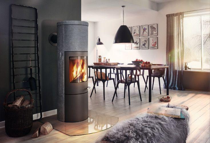 Merano XL to wydajny kominek wolnostojący wykonany w części ze stali i steatytu.