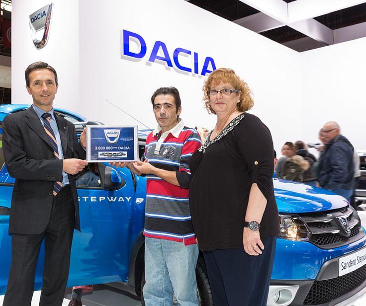 Un Sandero Stepway este mașina cu numărul 3.000.000 dintre modelele vândute de Dacia din 2004 până în prezent. Norocosul posesor din Spania a marcat momentul la Salonul Auto de la Paris. Povestea de succes continuă.