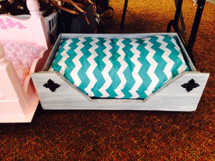 13 best homemade dog beds images on pinterest homemade for Homemade beds for dogs