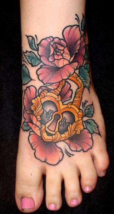 flowers, heart: Tattoo Ideas, Locks Tattoo, Feet Tattoo, Tattoo Design Foot, Art Tattoo Inspiration, Rose Tattoo, Heartlock Tattoo, Flower, Ink