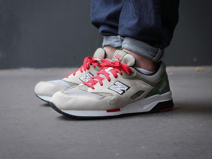 New Balance CM1600 GR (beige/grün) - The Good Will Out | Sneakershop Köln